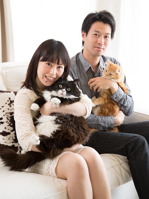 新しい家族も一緒の記念写真